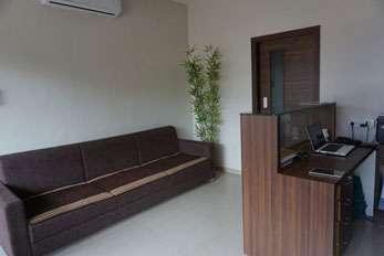 receptionist-area